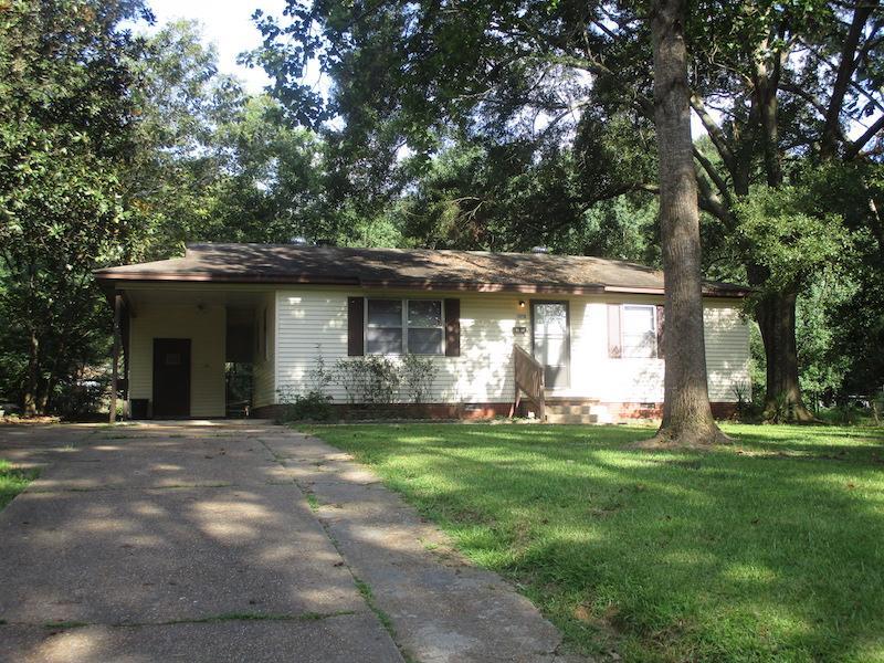 3138 Woodview Drive