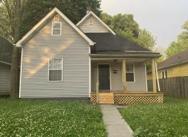 Primary image of 1051 N Holmes Ave