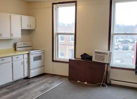 Primary image of 109 West Oak, #1
