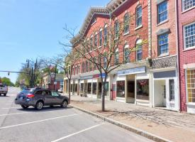 Primary image of 205-213 E Main St, 213- Storefront