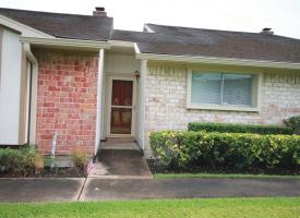 Primary image of 18 Windsor Court Unit#18