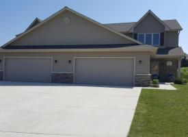 Primary image of 2633 Parkfield Dr, West Bend, WI 53090