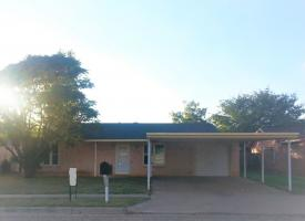 Primary image of 7410 Hickory