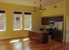Primary image of 610 Mulberry Street, #6