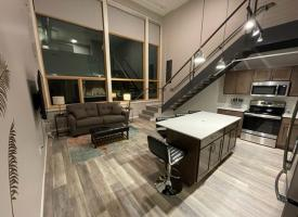 Primary image of 133 E 7th Street, #103