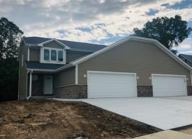 Primary image of 2437 Parkfield DR, West Bend, WI