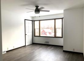 Primary image of 122 W Cedar Street B