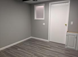 Primary image of 308 S State St Suite 102