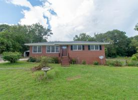 Primary image of 2718 Alandale Drive