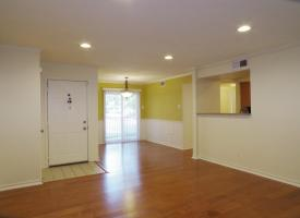 Primary image of 1509 Lincoln Way, #101
