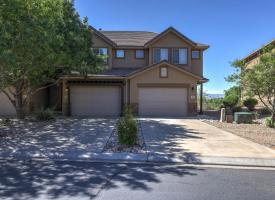 Primary image of 1000 Bluff View Dr. #98