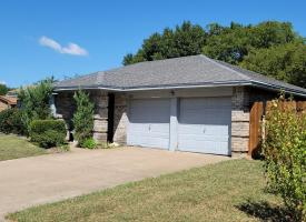 Primary image of 2307 Landshire Dr